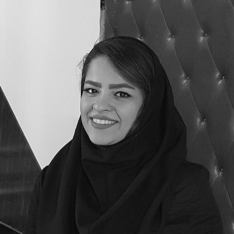 زهرا مومن زاده